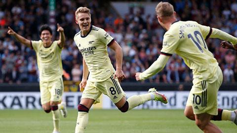 """Sao trẻ Arsenal thừa nhận thắng Burnley vì """"'thông minh hơn đối thủ'"""
