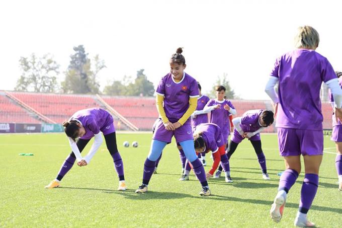ĐT nữ Việt Nam đang tập luyện ở Tajikistan để chuẩn bị cho vòng loại châu Á 2022