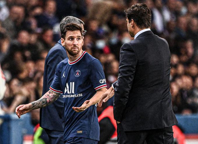 Messi tàng hình trên sân và thể hiện thái độ vùng vằng khi bị thay ra
