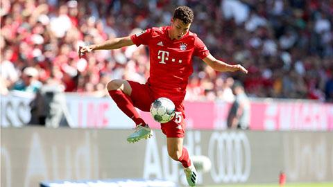 Pavard muốn đá trung vệ ở Bayern