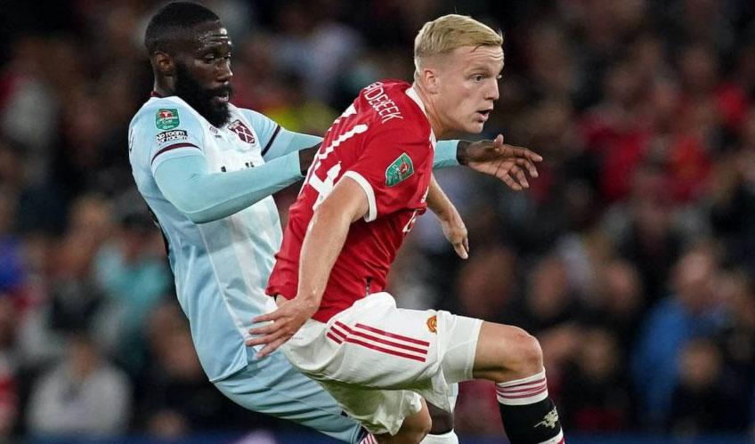 Van De Beek được đá trọn trận Man United vs West Ham