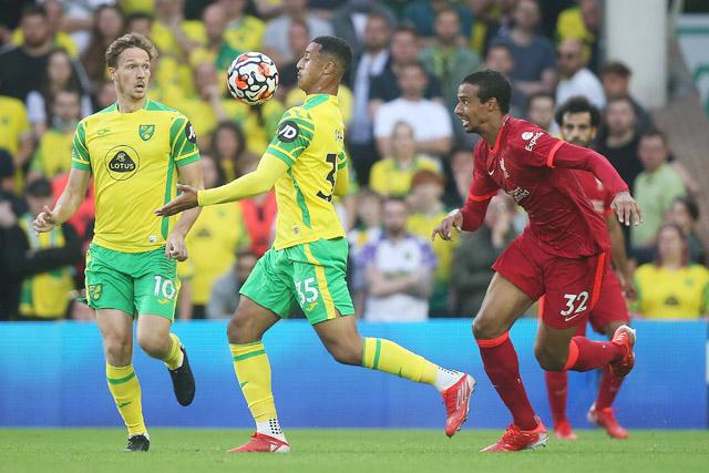 Norwich đã chơi tốt khi chuyển sang sơ đồ 3 trung vệ