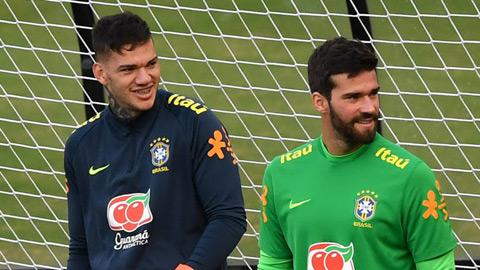 Bất chấp phản đối, Brazil vẫn gọi 8 cầu thủ thi đấu ở Ngoại hạng Anh