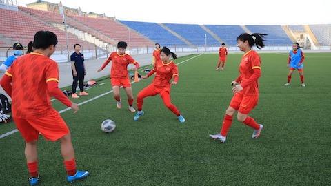 ĐT nữ Việt Nam tập trung cho trận gặp chủ nhà Tajikistan