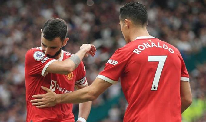 Ronaldo là người đầu tiên đến an ủi Bruno