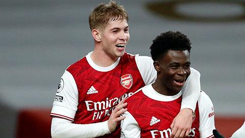 Arsenal được dẫn dắt bởi hai tài năng trẻ Smith Rowe và Saka