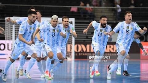 ĐT futsal Argentina vào bán kết sau loạt 'đấu súng' nghẹt thở