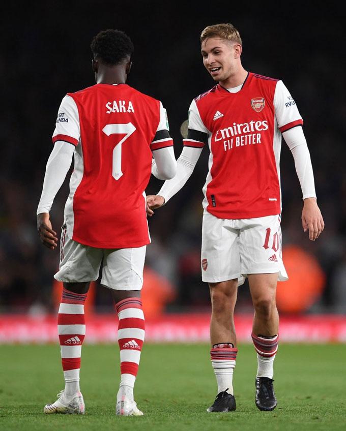 Saka và Smith Rowe gieo niềm tin và hy vọng cho Arsenal