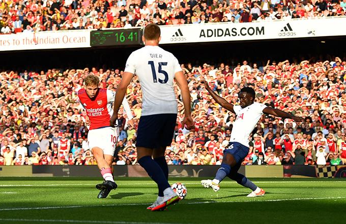 Smith Rowe mở tỷ số trận Arsenal vs Tottenham