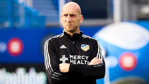 Jaap Stam bị CLB ở MLS sa thải