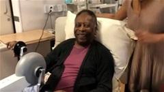 Huyền thoại Pele xuất viện, phải hóa trị tại gia
