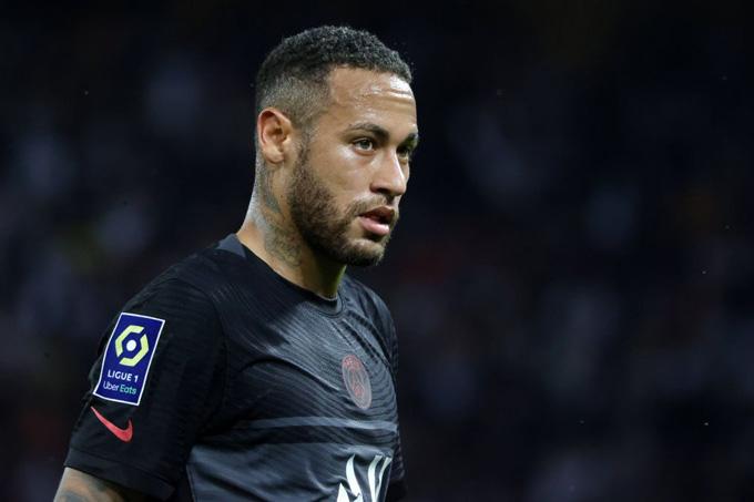 Neymar đang thể hiện phong độ đáng thất vọng