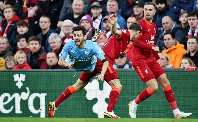 Điểm nhấn Liverpool 2-2 Man City: Liverpool được trọng tài ưu ái?