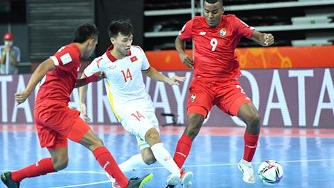 Nguyễn Văn Hiếu ngỡ ngàng khi giành giải bàn thắng đẹp nhất FIFA futsal World Cup 2021