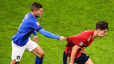 Điểm nhấn Italia 1-2 Tây Ban Nha: Gavi làm lu mờ thần tượng Verratti