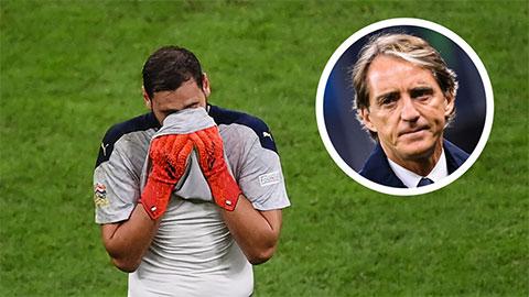 Mancini bảo vệ Donnarumma trước bão la ó từ fan Milan