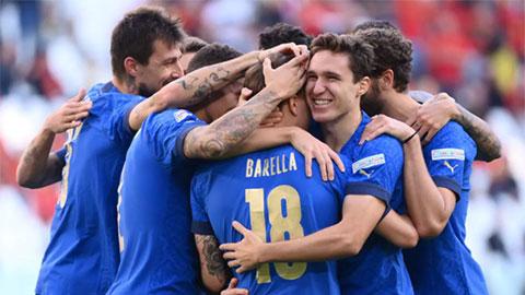 """3 lần được khung gỗ cứu thua, Italia lại khiến Bỉ ôm hận<span class=""""live""""></span>"""