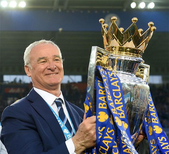 HLV Ranieri từng giúp Leicester City vô địch Premier League 2015/16
