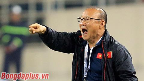 HLV Park Hang Seo: 'Trọng tài không nhất quán'