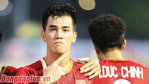 Tiến Linh cân bằng kỷ lục ghi bàn của Lê Công Vinh ở vòng loại World Cup