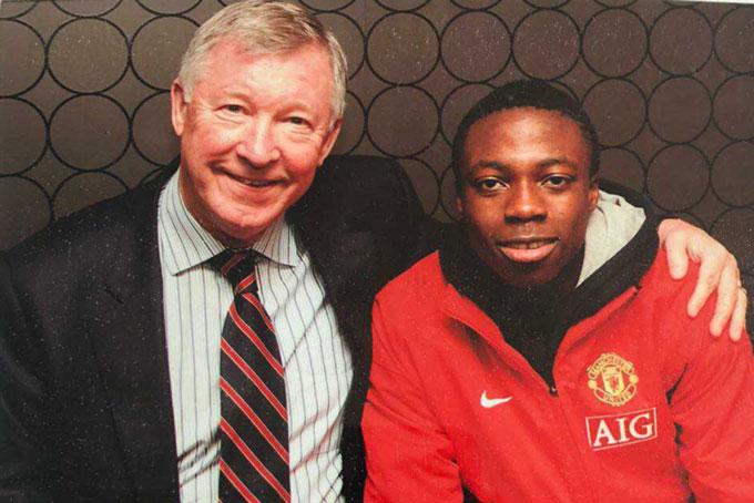 Cofie được Sir Alex chiêu mộ với giá 1,25 triệu bảng khi mới 14 tuổi