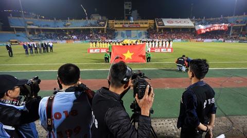 Các CLB V.League biết khai thác bản quyền hình ảnh
