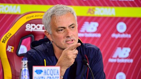 Mourinho trả lời thông tin được Newcastle liên hệ
