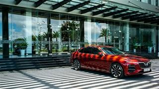 """VinFast dành """"ưu đãi kép"""" hàng trăm triệu cho khách mua xe online"""