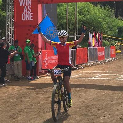 HCV Đua xe đạp địa hình nữ, nội dung băng đồng